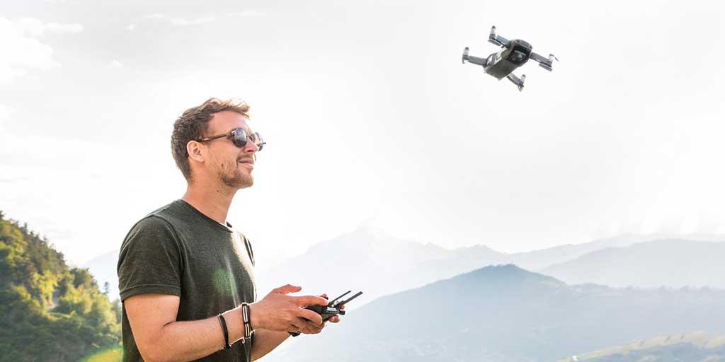 Quadrocopter mit langer Flugdauer