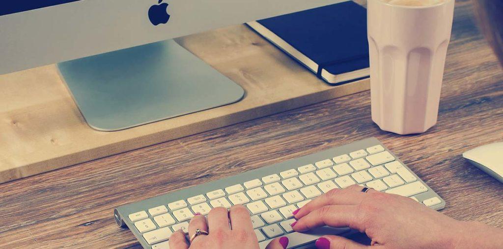 Schreibtisch automatisch höhenverstellbar