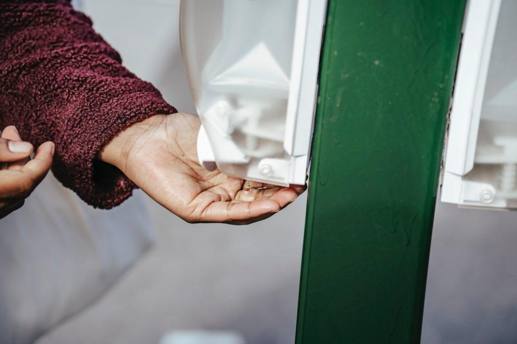 Desinfektionsspender automatisch stehend